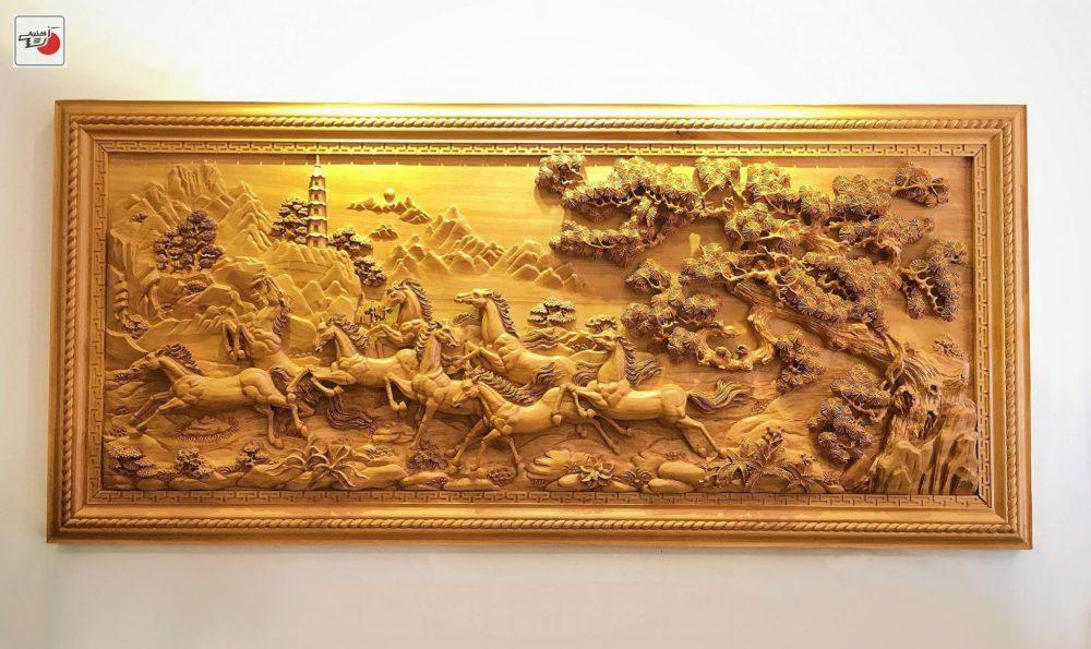 tranh gỗ Bát Mã đẹp