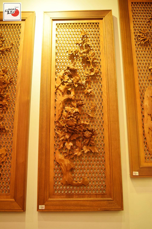tranh gỗ đục tay