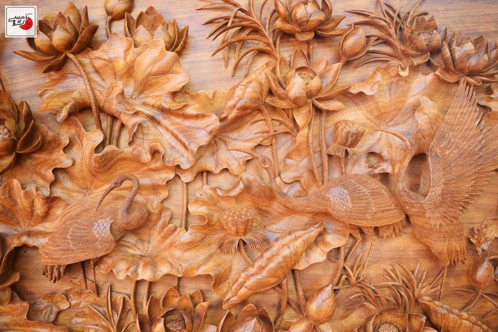 tranh gỗ đục treo tường sen hạc