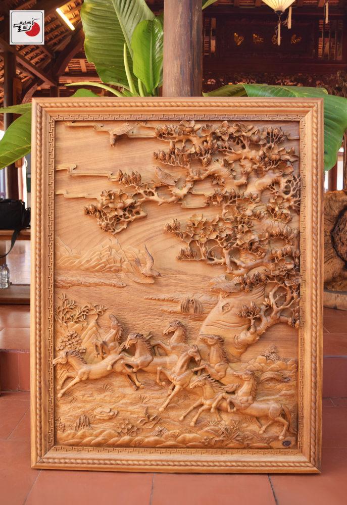 tranh gỗ bát mã đẹp nhất