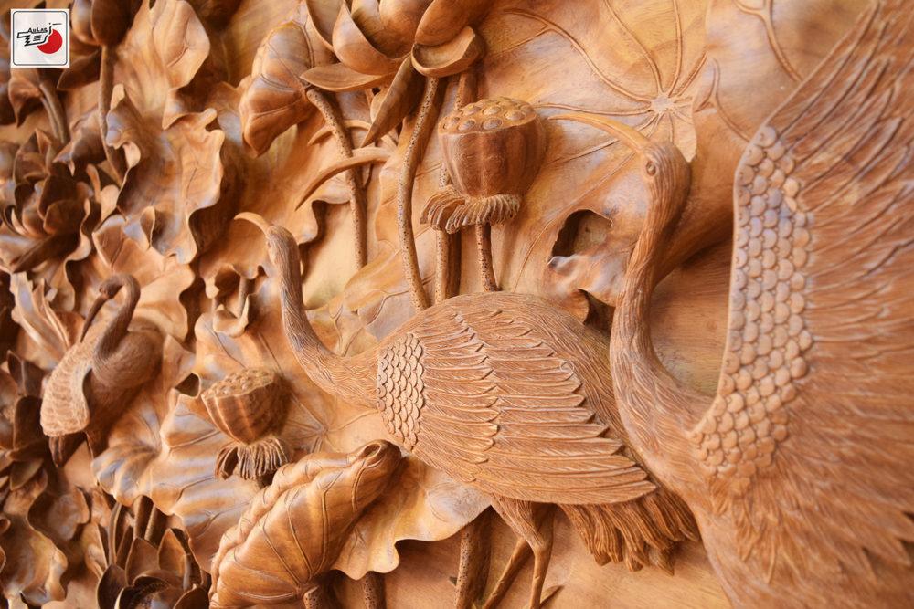 Tranh khắc gỗ đẹp Sen Hạc