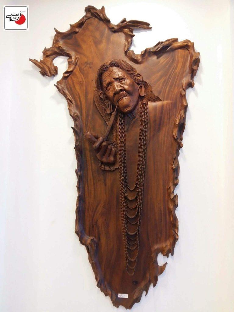 chân dung suy ngẫm điêu khắc gỗ