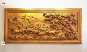 Tranh gỗ bát mã truy phong – Mã Đáo Thành Công