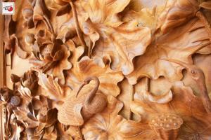 tranh khắc gỗ sen hạt