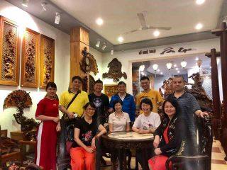 khách hàng Hồng Kông